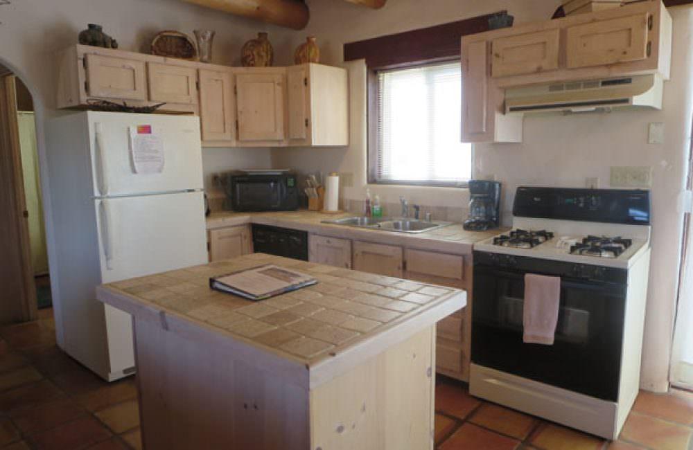 27 Pueblo Road, Taos, NM 87571 MLS# 94872