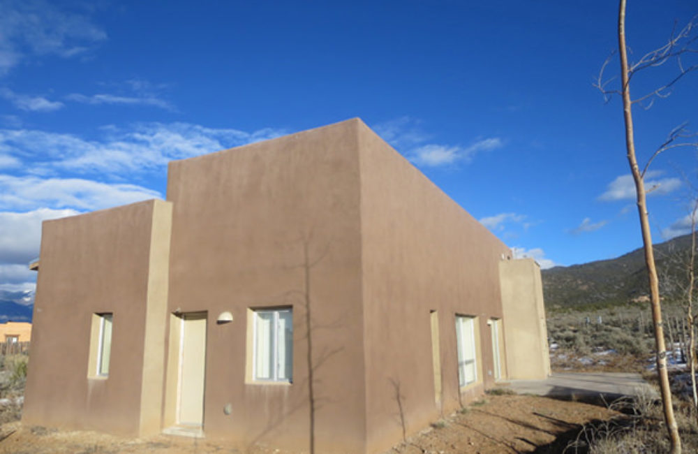 1470 Santa Cruz, Taos, NM 87571 MLS# 96130
