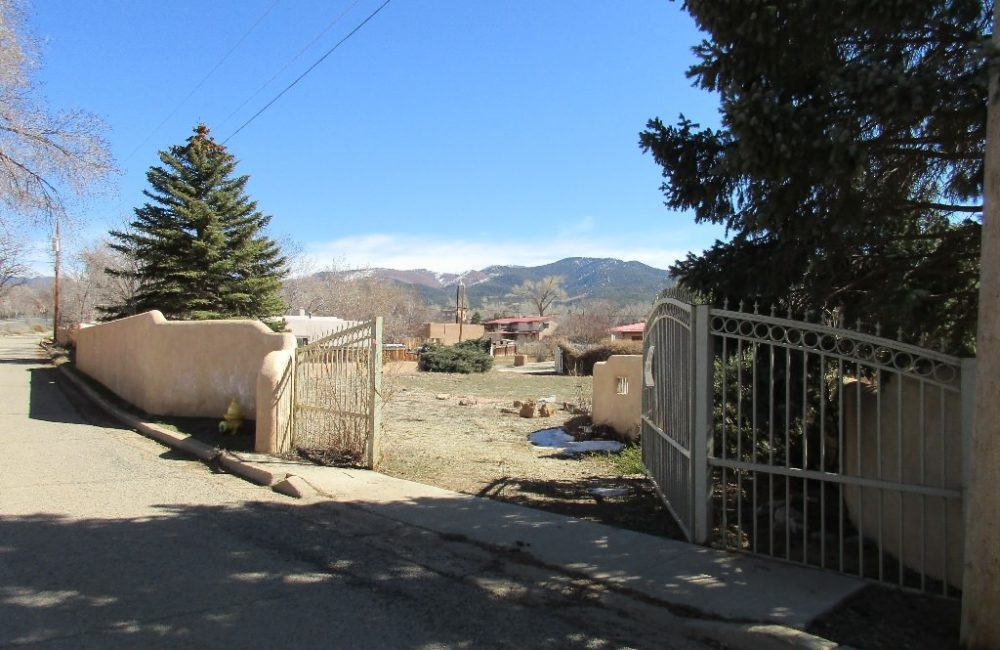 *Roberts Lane, Lot 14-A, Taos, NM 87571 MLS #98034