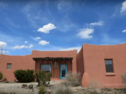 11 Calle del Sol, Taos, NM 87571