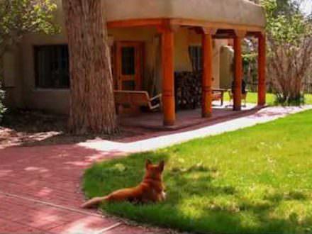 413 Camino de la Placita, Taos NM 87571