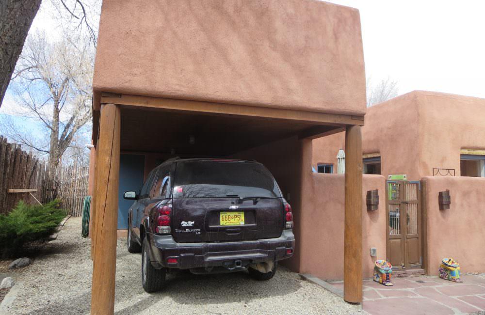 216 Hinde Street, Taos, NM 97571 MLS #102983