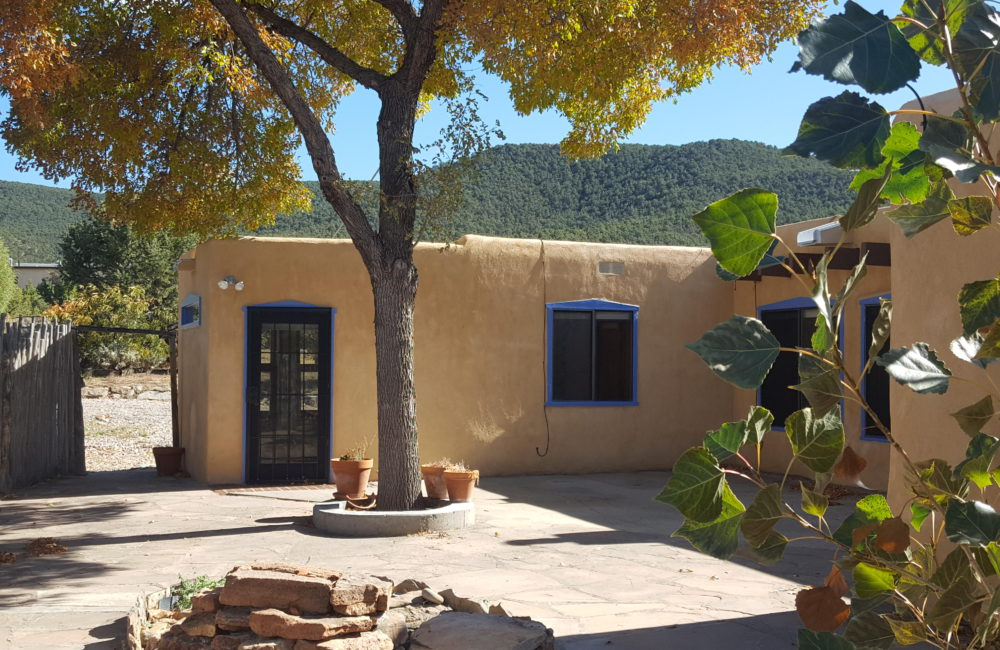 20 Nickell Road, Taos NM 87571