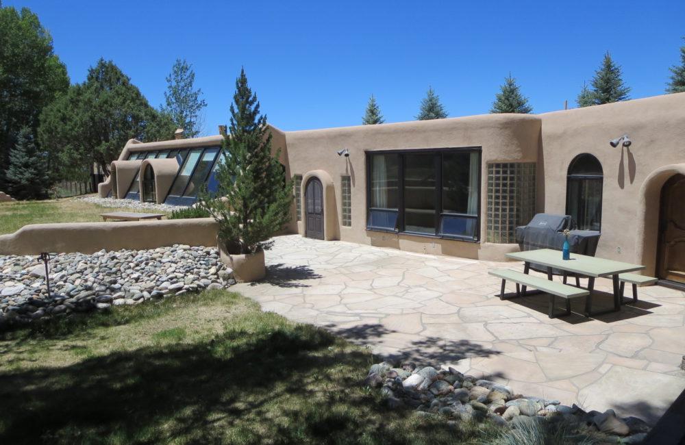 64C Hondo Seco Road, Taos, NM 87571