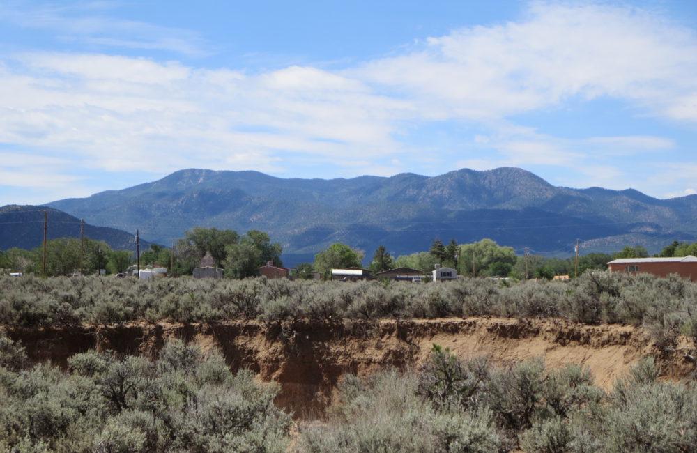 1370 Benny Lane Taos NM 87571