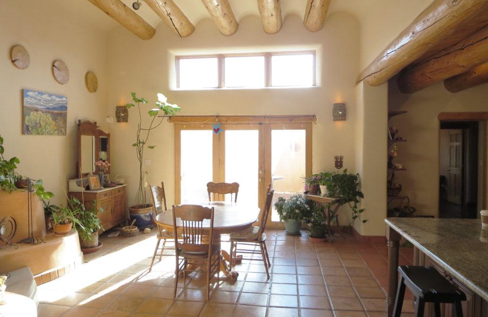 1423 Santa Cruz Road, Taos NM 87571
