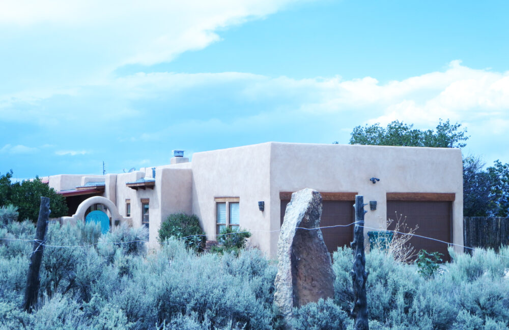 14 Irish Road, Taos NM 87571